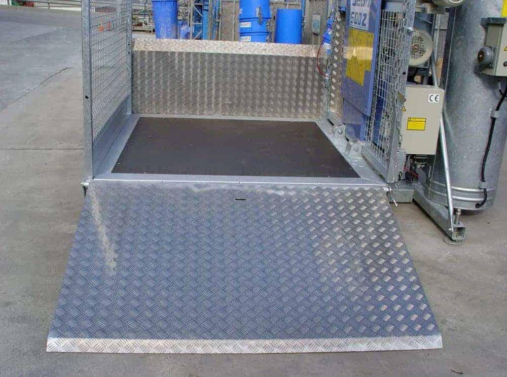 500kg Double Barrow Materials Hoist Hire   Conveying & Hoisting